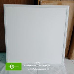 den-led-panel-certaflux-600600-865-840-40w-220-240v1