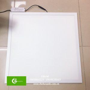 den-led-panel-certaflux-600600-865-840-40w-220-240v2